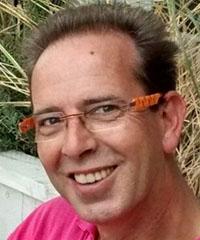 Dr Rebbe Halle
